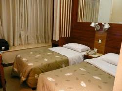 20071006_hotel_room_doesett_olympic